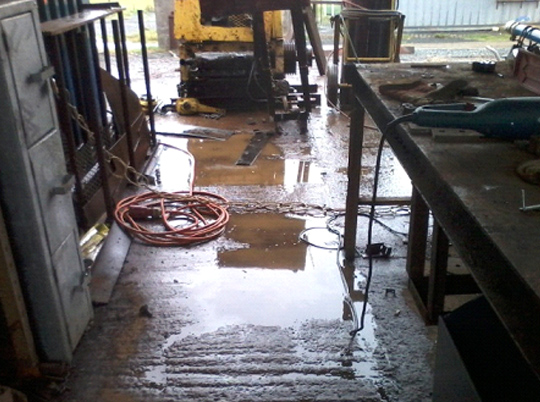 insurance, horst insurance, wet weather work surfaces, safety, workplace