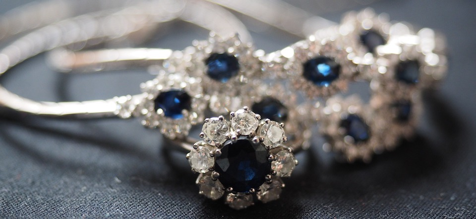 rings with sapphire and diamond flowers